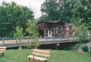 This image shows the General Store stood right next to the north branch of the Salt Creek in Fredericksburg, Ohio.