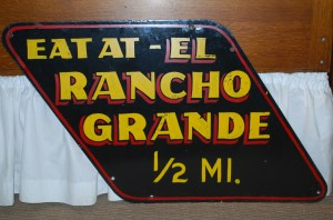 El Ranco Grande Sign