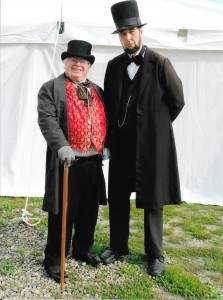 At left: Hutchinson (as Stephen Douglas) and at right: Payn (as Abe Lincoln).